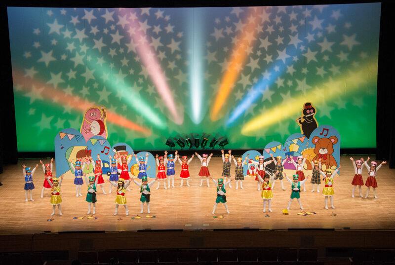 (画像)お遊戯会~芸術ホール